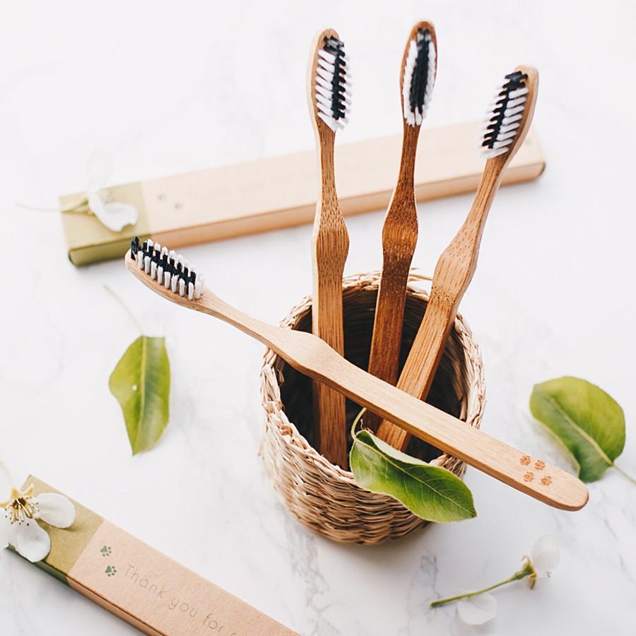 Escovas de Dentes em Bambu